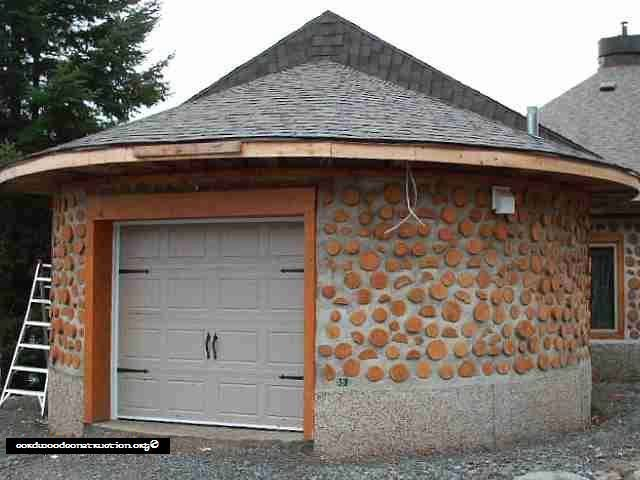 Sandy Clidaras Of Quebec, Canada Has Built Some Amazing Round Cordwood  Structures. He Even