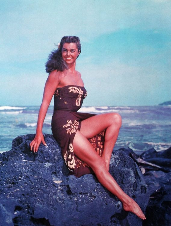Esther Williams - Pagan Love Song