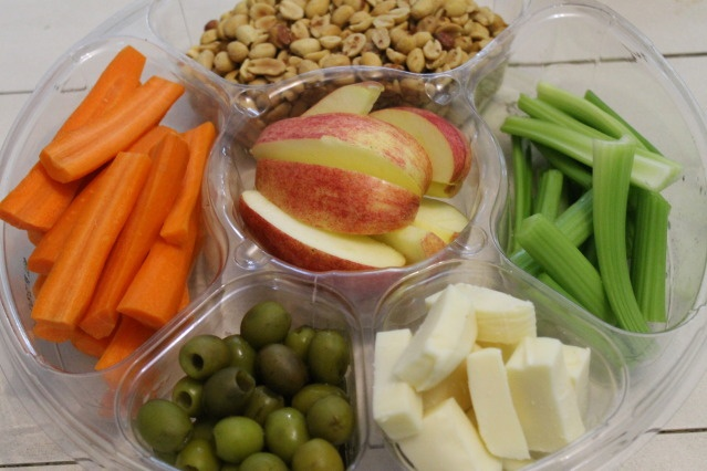 fixing lunch-keep a tray in the fridge like this and pop it out for lunches...will have to remember for summer