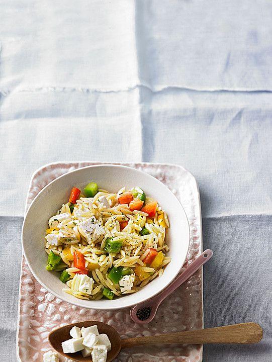 Kritharaki - Salat mit Feta und Paprika