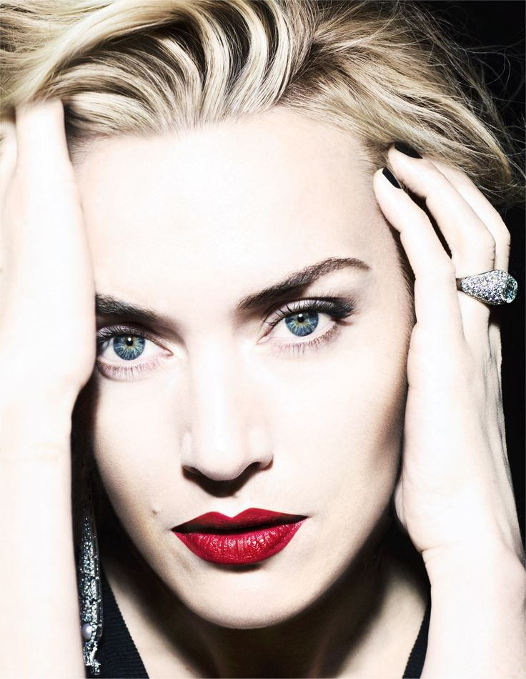 Kate Winslet. Talented, real, classy, gorgeous. Love her!