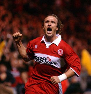 Bolo Zenden (for 1 penalty): Middlesbrough Legends, Bolo Zenden, Was Rosa-Choqa, Middlesbrough Fc