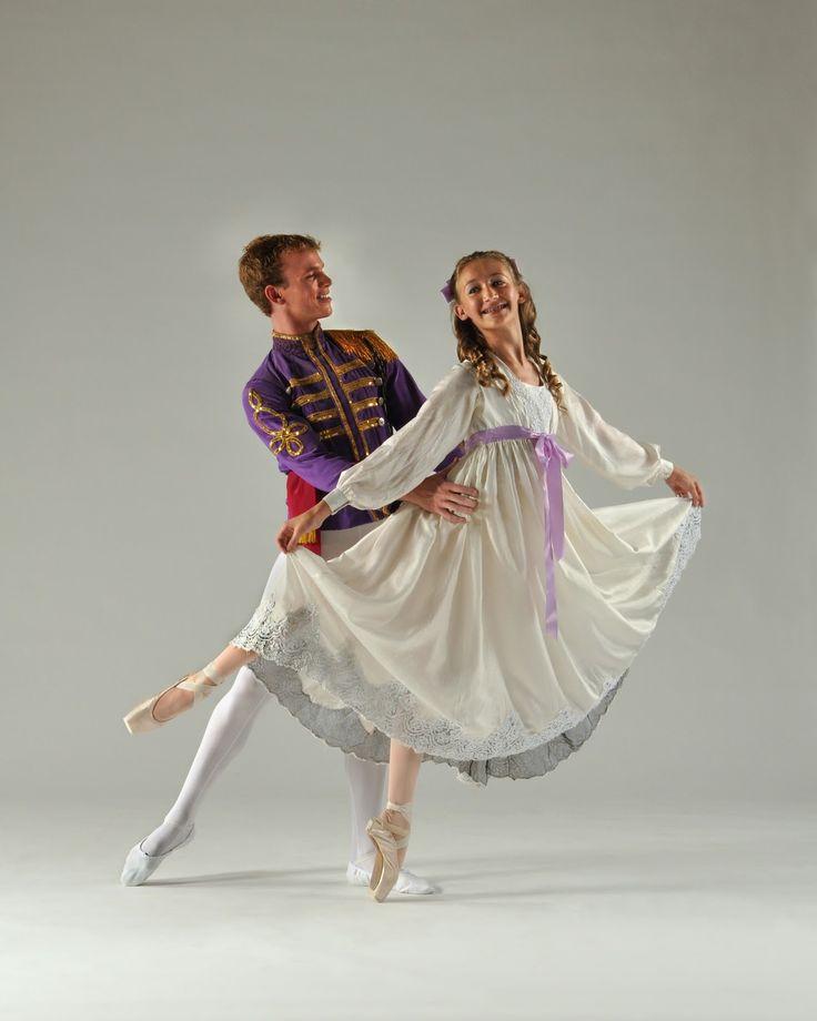 The Nutcracker Ballet, Clara & the Prince
