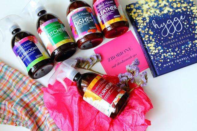 Flatlaystory: Kosmetyki do wnętrza firmy Perfect House Barwa.