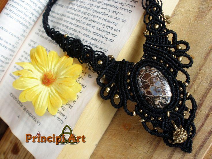 Collar fosil macrame, Handmade Fosil macrame necklace, Fosil Macrame collier. de PrincipiArt en Etsy