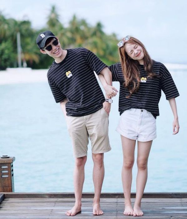 20 Sweetest Korean Couple Outfits That Make You Jealous Fashionlookstyle Com Inspiration Your F Couple Outfits Cute Couple Outfits Korean Couple Photoshoot