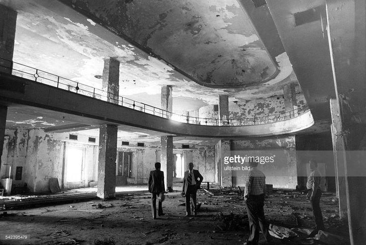 'Haus Vaterland' (ehem. Tanzlokal), Innenansicht, grosser Konzertsaal- 1974