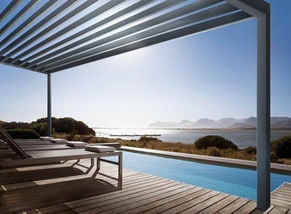 auvent de terrasse aluminium pour votre piscine design. Black Bedroom Furniture Sets. Home Design Ideas