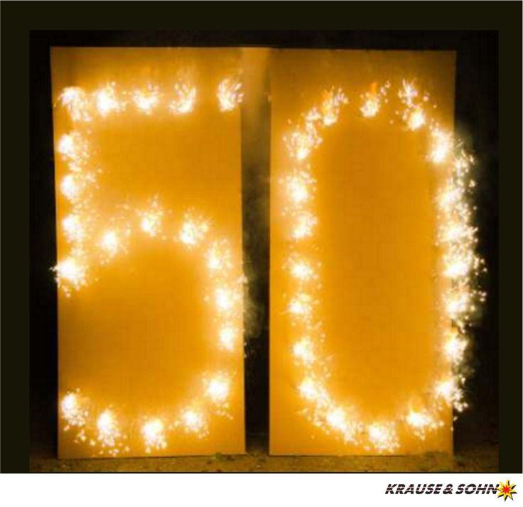 Brennende Zahl 50, ein schönes Geschenk zum Geburtstag oder zur Goldenen Hochzeit.