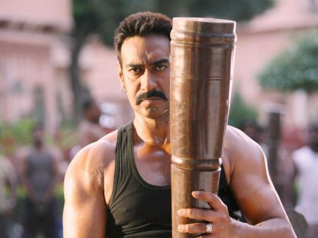 A beautiful picture of Ajay Devgan In Bol Bachchan downloaded from http://alliswall.com