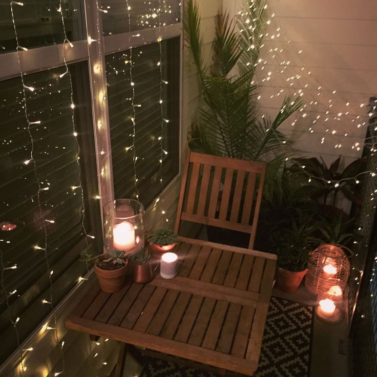 10 incredible diy christmas patio ideas that you can try small balcony decor apartment on christmas balcony decorations apartment patio id=30504