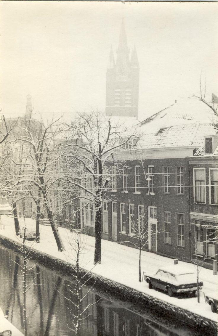 Voorstraat 1973. (met het later gesloopte Importa -daar staat nu een grijze flat)