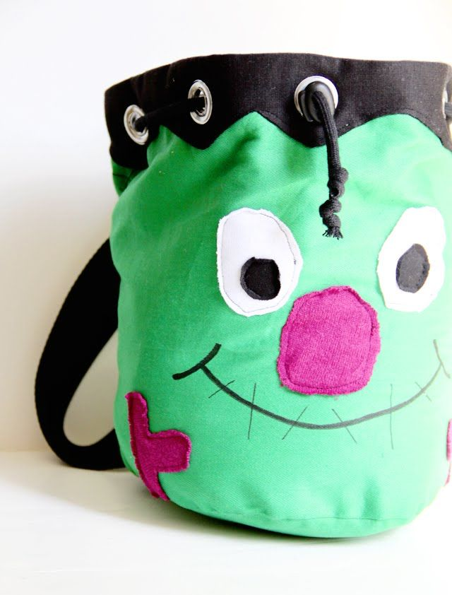 Kids hoping for a monster load of candy this Halloween? Craft a Frankenstein backpack perfect for trick or treating using this monster bag tutorial by The Sewing Rabbit.