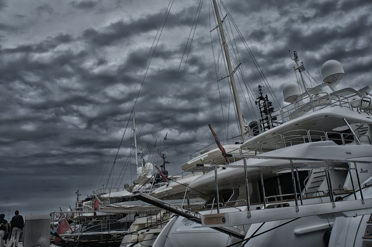 Yacht - Cannes (France) by gallogiancarlo on 500px