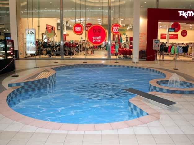Uma piscina que realmente te faz querer mergulhar.