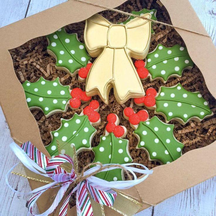 Holly wreath box set