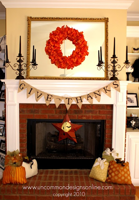 mantle decorations; makes me want to change the mantle for the seasons....