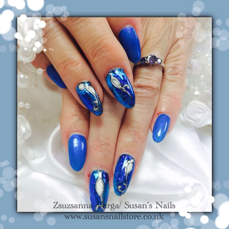 CHRISTMAS FESTIVE SALON NAILS 2014  All nails were done by Susan using Mosaic products. If you are interested in our product range please visit www.susansnailstore.co.uk. Our salon website is www.susansnails.co.uk  Merry Christmas and Happy New Year!
