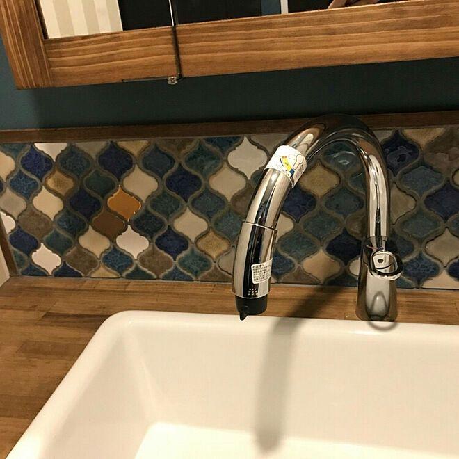 洗面台 キッチン用水栓のグースネック 家族 Miiiiiiriのインテリア実例 2020 造作 洗面台 洗面台 トイレ 洗面台