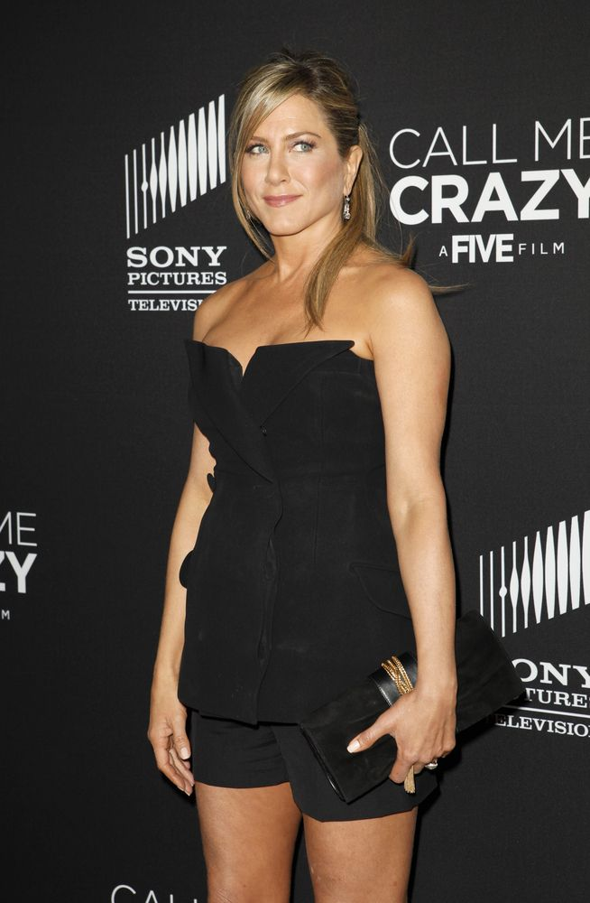 Jen Aniston - Pregnant and perfect!
