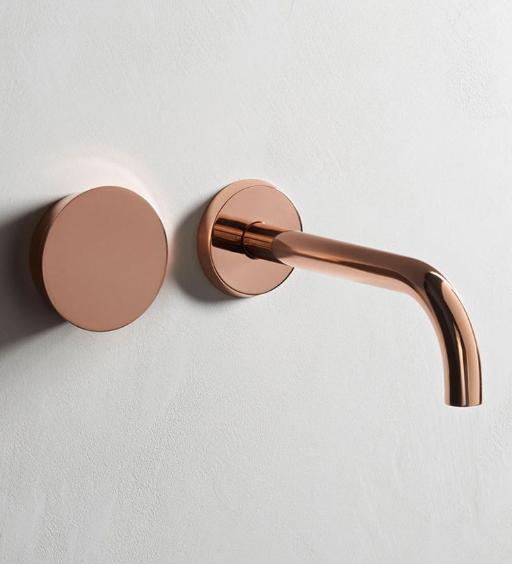 ZEN05 - Wall mounted 2 hole basin set with 212mm spout. Metal finish: Copper.