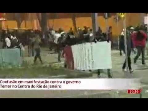 Vermelhos atacam a Policia em Manifestação Fora Temer no Rio de Janeiro!!!