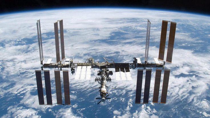 RUSIA SUMA FUERZAS CON LA NASA PARA CONSTRUIR UNA ESTACIÓN ESPACIAL EN LA LUNA Acordaron ejecutar conjuntamente el proyecto de nueva estación espacial internacional que funcionaría en la órbita lunar.