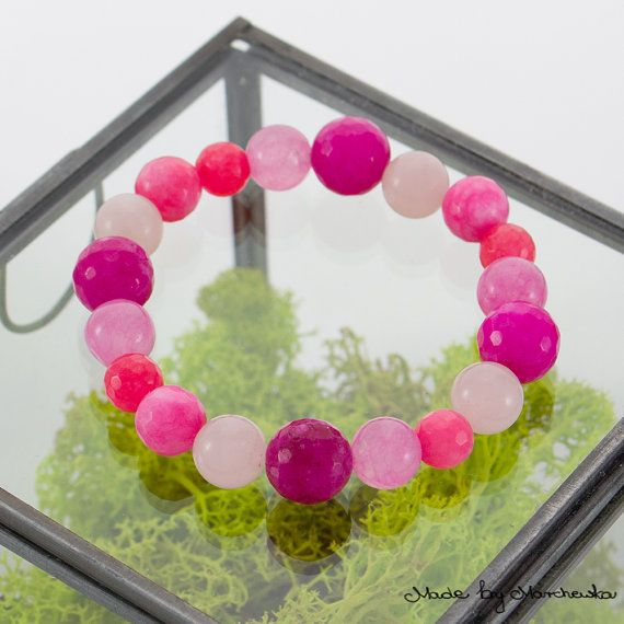 FREE SHIPPING Pink Stretch Bracelet made with by MadeByMarchewka