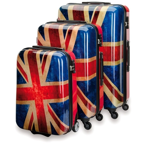 Um, I actually need a new suitcase .. Gonna be hunting these down !