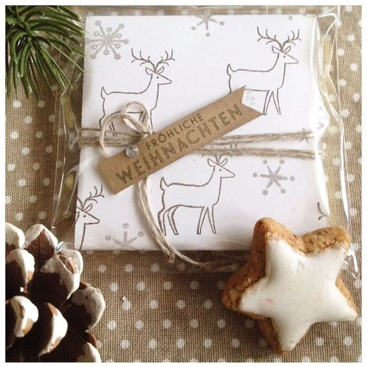 Last preparations for the #christmasmarket in #freckenfeld  (Nov. 29 from 2 - 8 p.m.). Looking forward so much (I never  get enough of Christmas markets ) ... #tantenana #stampinup #stampinupdemonstrator #instas #crafts #paper #weihnachten #weihnachtsmarkt #pfalz #savanne