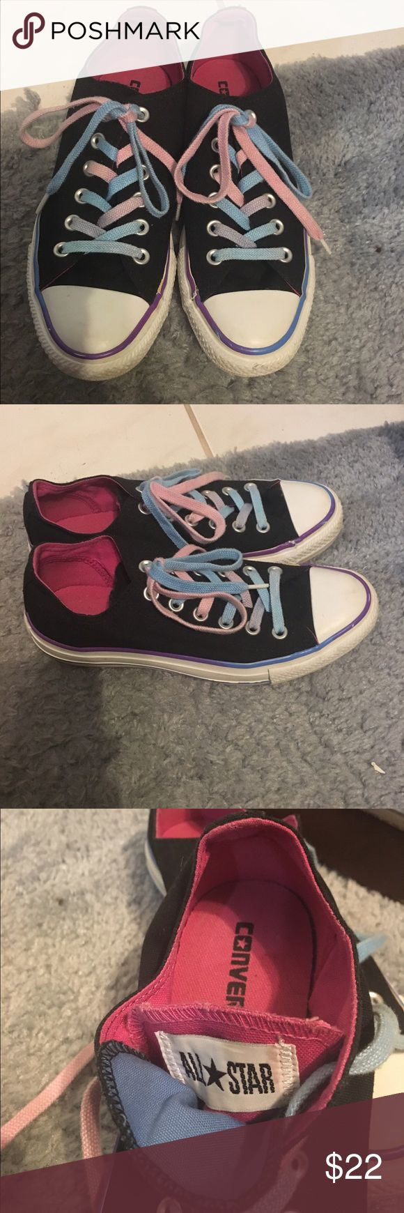 🎀 Converse All Star Authentic Shoes🎀 🎀Converse All Star Authentic/ Athletic Shoes 🎀 Color: black, white,purple blue and pink with multicolor shoelace, Size:7. Nice shoes 🚫No Trade🚫No PayPal Converse Shoes Athletic Shoes