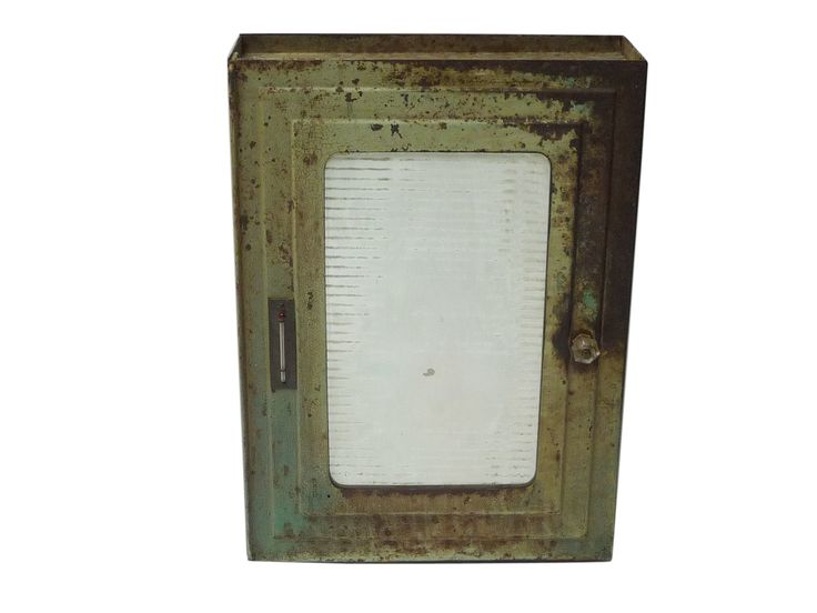 industrial green medicine cabinet with antiqued mirror | via rummage home - Best 25+ Industrial Medicine Cabinets Ideas On Pinterest