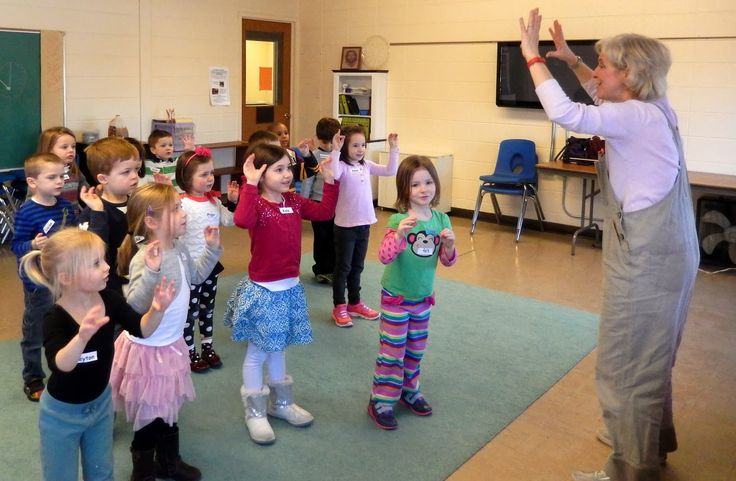 The Groundhog Jive! Get the beat and practice counting all while moving & grooving