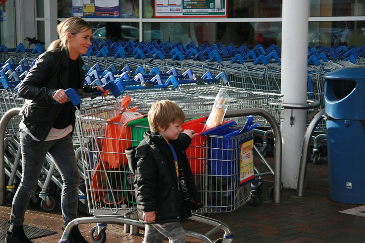 trolley bags are reusable shopping bags ideal for grocery shopping they make packing and sorting shopping easy and fast, saving you time.