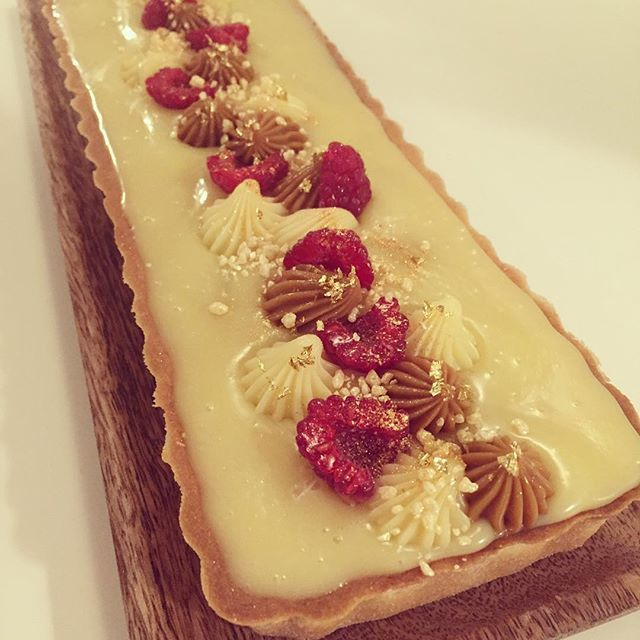 Ditte fra den store bagedyst: tærte med hindbær og hvid chokoladeganache