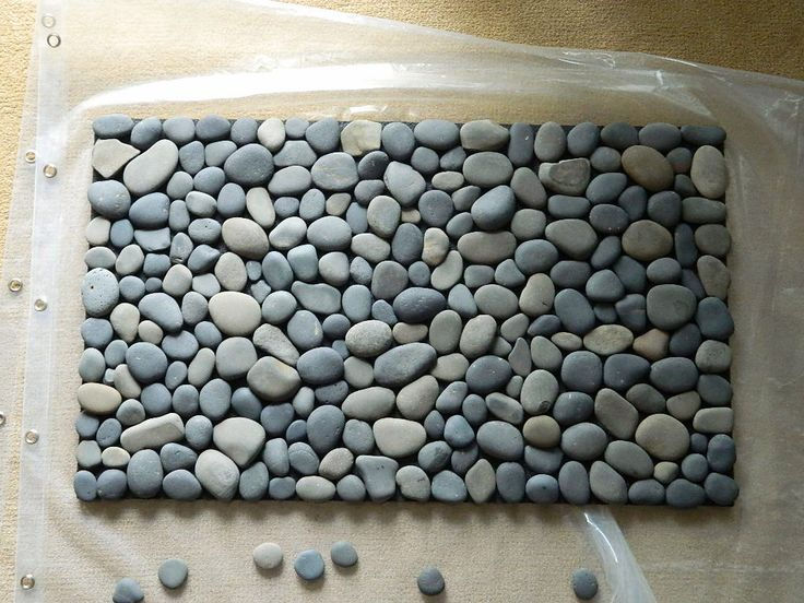 Pebble Bath/Mudroom Mat - 15 Simple and Affordable DIY Projects