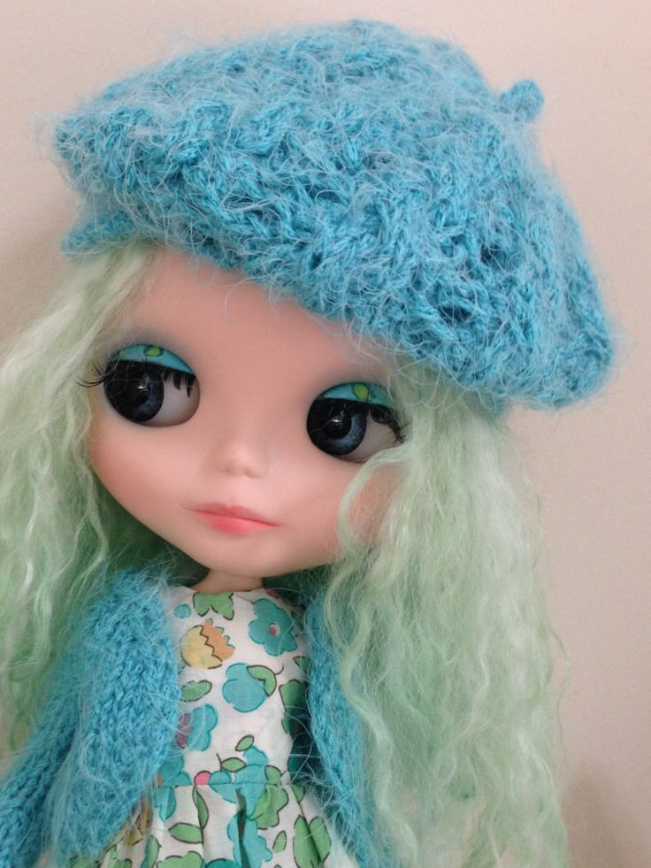 Soft Mink Hat and matching Cardigan for Blythe Doll by Belabowdoll on Etsy