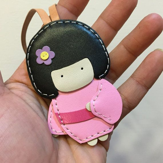 Small size - Sakura the Geisha Doll cowhide leather charm ( Baby Pink )