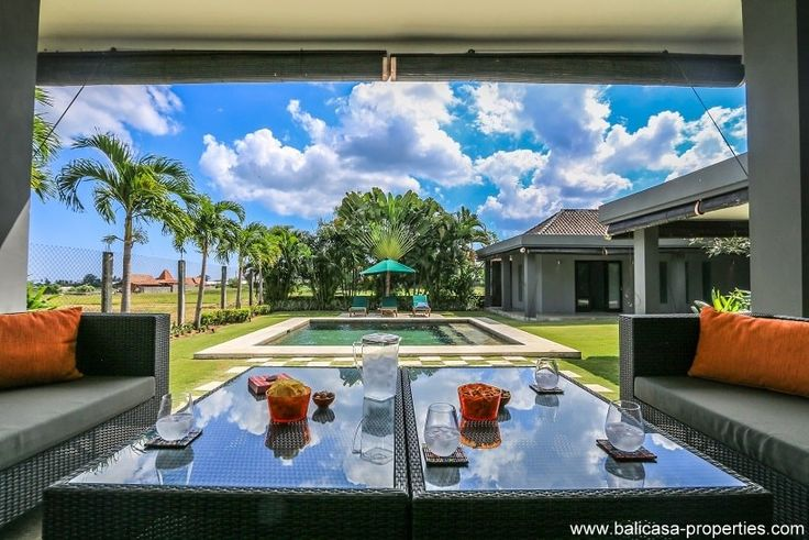 Seseh extra large villa with stunning views over the rice fields