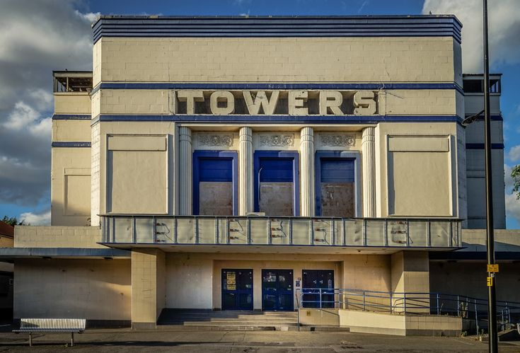 Towers, 31 High Street, Hornchurch, Borough of Havering, London RM11, 2016 • Hard to believe, but this stunning 1935 ex-cinema is due for demolition. Lidl, who plan to replace it with a supermarket…
