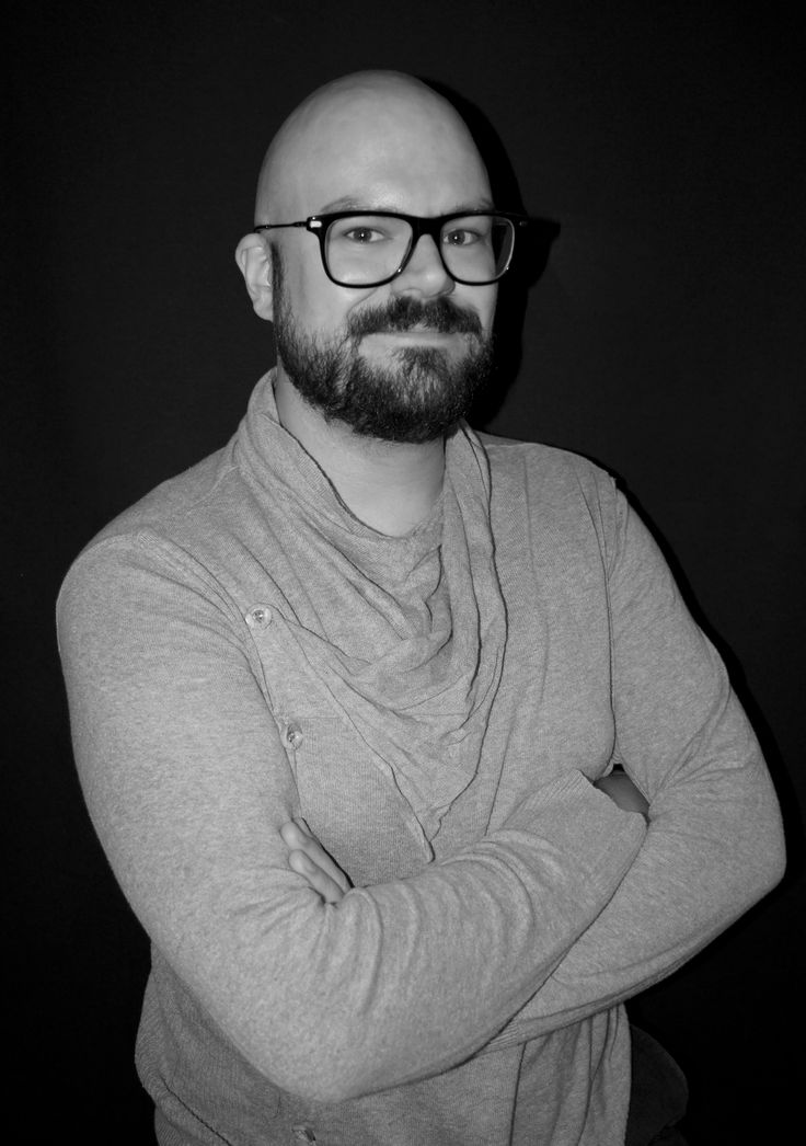 Carl Blanche has studied and trained as a shoemaker in Copenhagen and graduated from Cordwainers at London College of Fashion in 2014. Carl Blanche has a strong focus on the craftsmanship and traditions of shoemaking, and his designs often show a direct line to the traditions of the 1920's and 1930's.