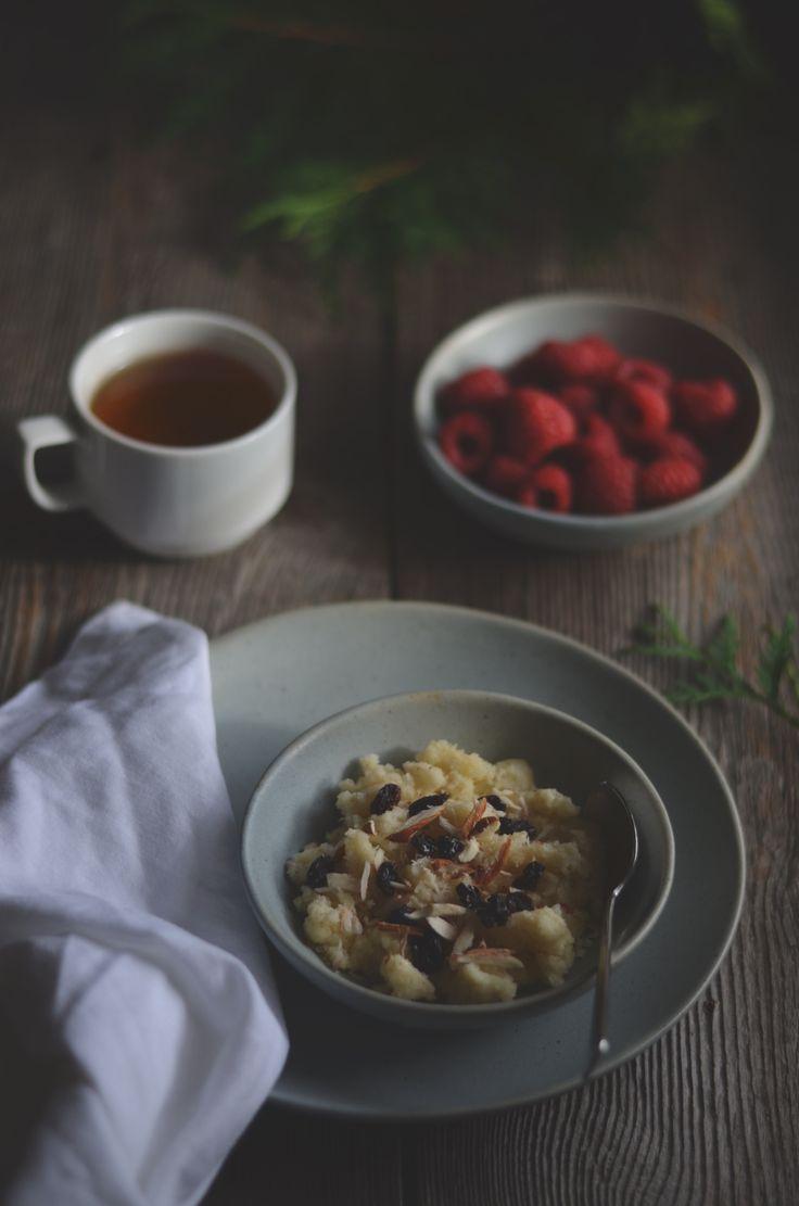Warm semolina pudding for breakfast