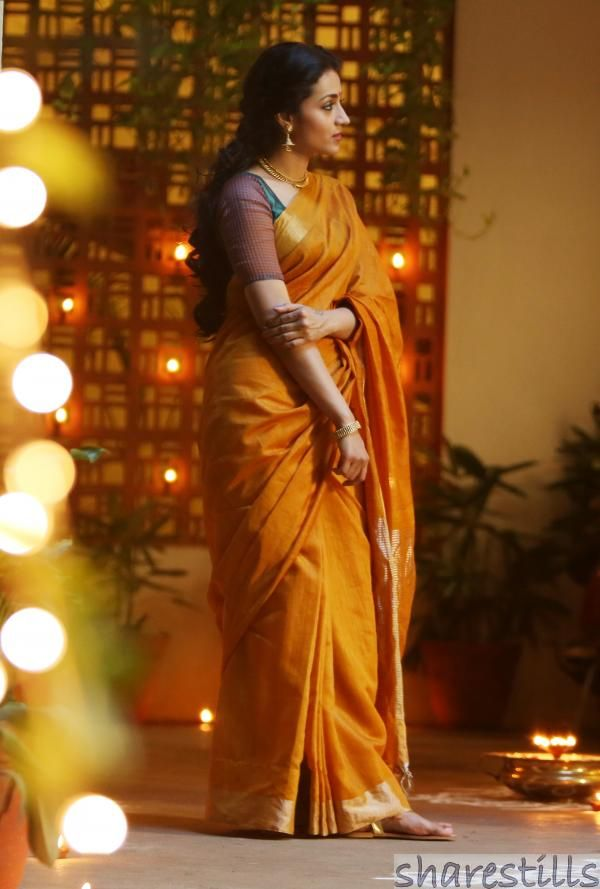 Trisha Krishnan Stills in Yennai Arindhal Movie - 11