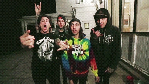 I love how everyone is like making the rock and roll thing and then Vic is like OH LAY!!!