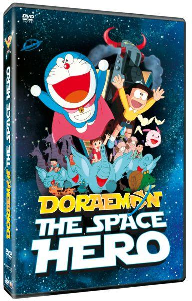 http://store.luk.es/epages/lukdb.sf/es_ES/?ObjectPath=/Shops/luk/Products/DO000270    DVD Doraemon the space hero  Nobita tiene un extraño sueño en el que una nave espacial que dirige un chico de su edad está a punto de estrellarse. Con la ayuda de Doraemon descubre que la nave es real y el accidente ha creado una puerta dimensional que la une con su habitación. Nobita y Doraemon conocen a Lopple y su mascota Chammy, ambos de Koya-Koya, un planeta de pioneros espaciales.