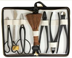 Roshi high quality 7 Piece Bonsai Tool Kit by Stone Lantern. Roshi high carbon steel bonsai tools are famous for precision cutting, durability and excellent prices. This set of excellent tools provides what you need for styling quality bonsai.