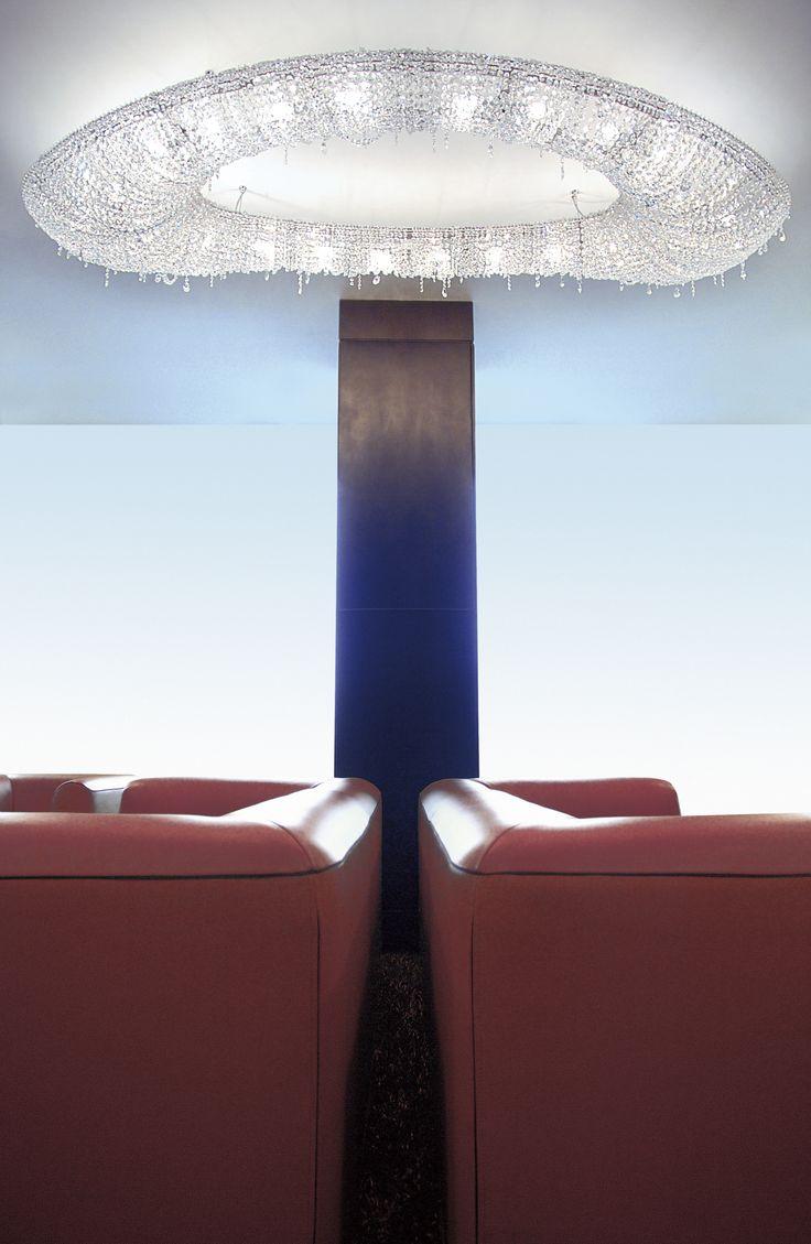 Rose crystal chandelier #crystalchandelier #chandelier #lighting #lightingdesign #luxury #furniture #Manooi