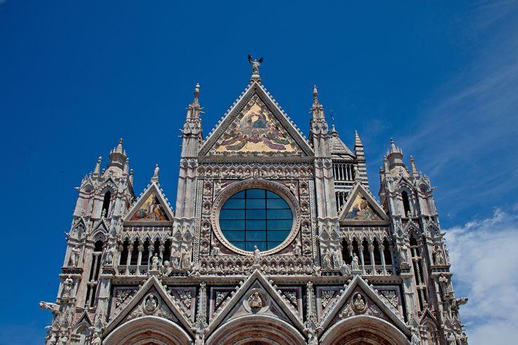 Doumo. Sienna.  #sienna #tuscany #italy #doumo #iphone