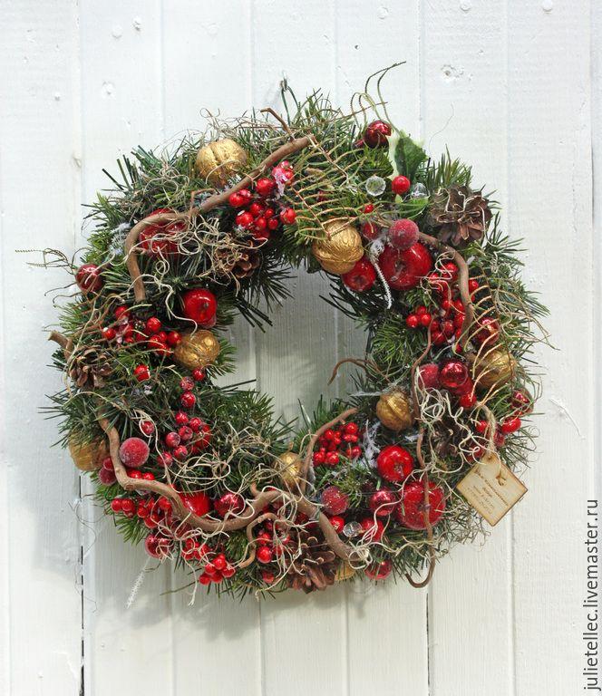 Купить Рождественский венок - бордовый, зеленый, рождественский венок, украшение на дверь, интерьерный венок, подарок