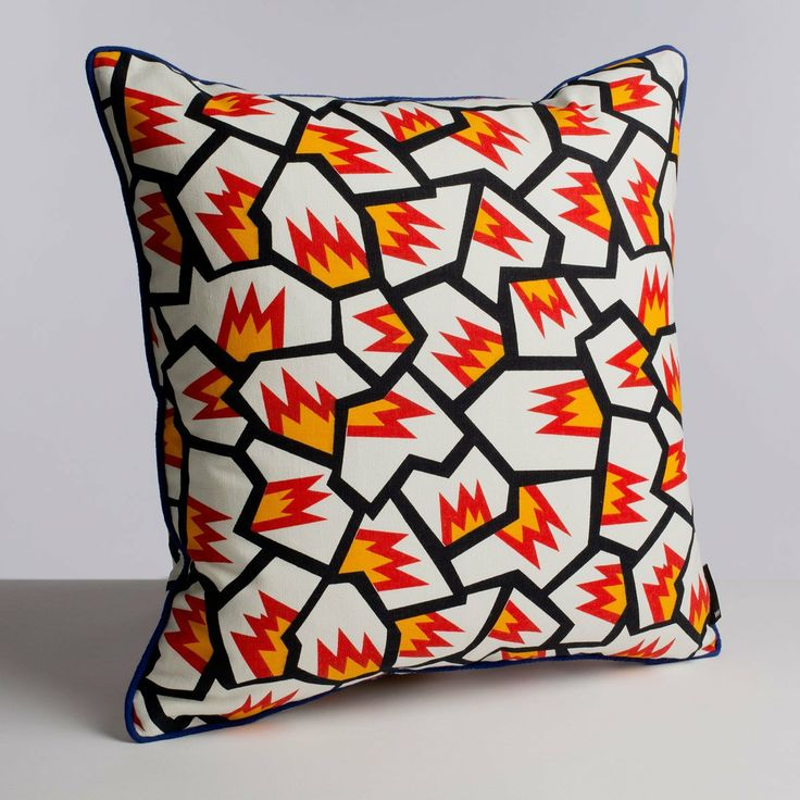 VA Memory Cushion by Nathalie Du Pasquier for WRONG FOR HAY : All